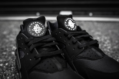Nike Air Huarache Black-Black-6