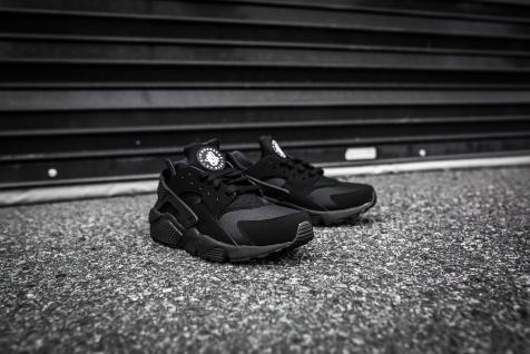 Nike Air Huarache Black-Black-8