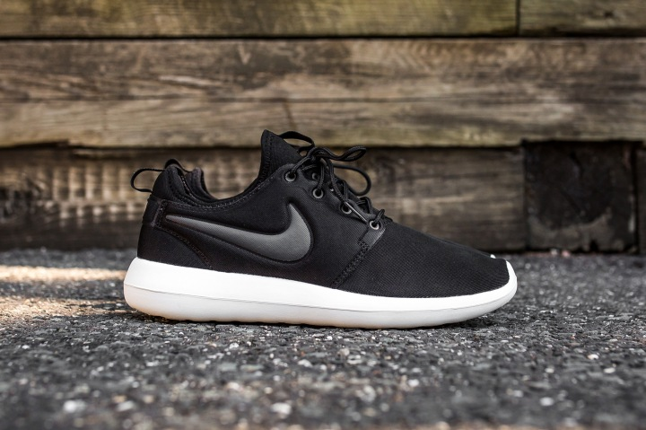 Alliance for Networking Visual Culture » Nike Roshe Women Light Gray