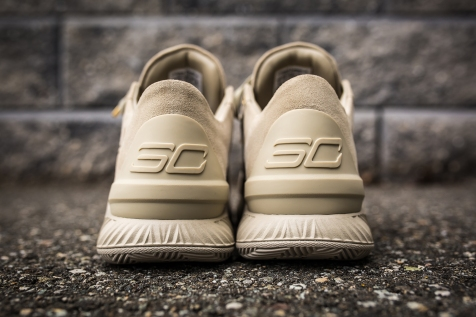 Under Armour Curry 1 Low Suede Desert back