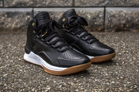Under Armour Curry 1 Mid Leather Black-White angle