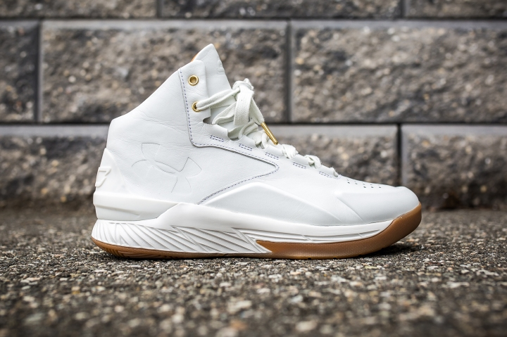 Under Armour Curry 1 Mid Leather White-White side