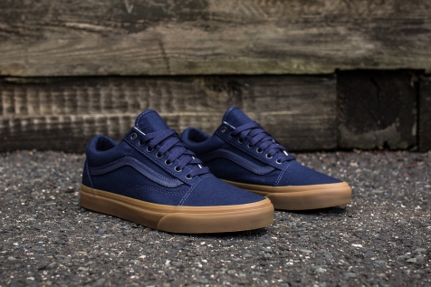 Vans Old Skool Canvas Eclipse-Light Gum angle