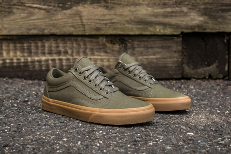 Vans Old Skool Canvas Ivy Green-Light Gum angle