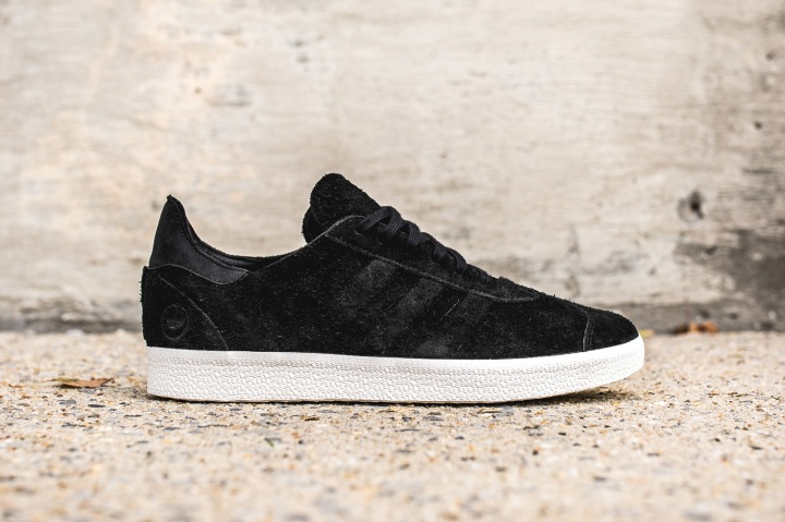 adidas-wh-gazelle-og-black-offwhite-side