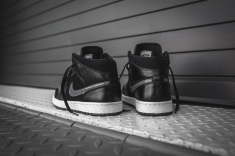 air-jordan-1-mid-premium-black-dark-grey-16