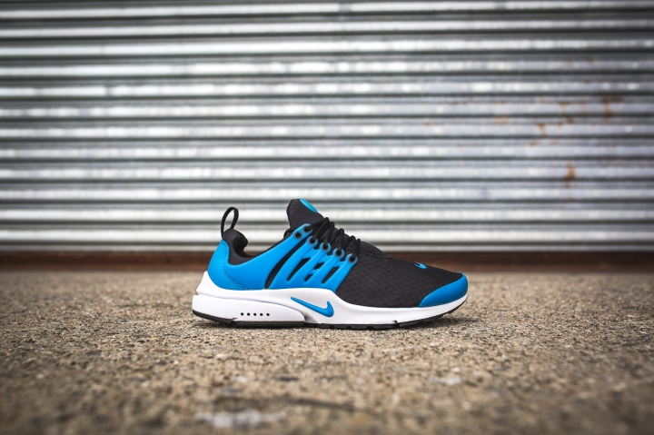 nike-air-presto-essential-black-photo-blue-white-2