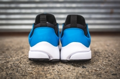 nike-air-presto-essential-black-photo-blue-white-5