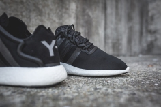 y-3-yohji-run-core-black-white-12