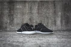 y-3-yohji-run-core-black-white-13