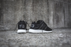 y-3-yohji-run-core-black-white-8