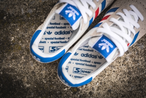 adidas-indoor-super-spezial-white-royal-s75926-20