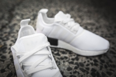 adidas-nmd-r1-white-black-bb1968-13