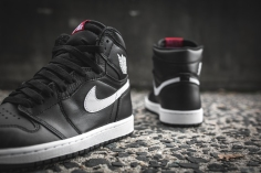 air-jordan-1-ying-yang-pack-black-white-555088-011-7