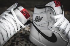 air-jordan-1-ying-yang-pack-white-black-555088-102-10