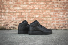 nike-air-force-1-07-mid-black-315123-001-10