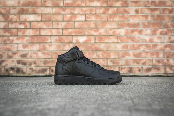 nike-air-force-1-07-mid-black-315123-001-2