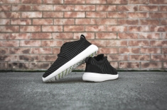 nike-roshe-two-flyknit-black-dark-grey-white-844833-001-13