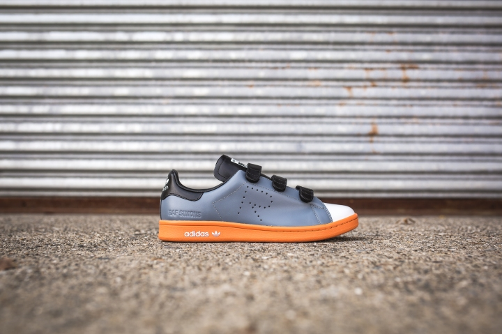 raf-simons-x-adidas-stan-smith-comf-grey-white-pumpkin-bb2678-2
