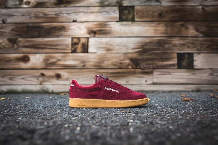 reebok-club-c-85-indoor-burgundy-riot-red-blue-aq9873-2
