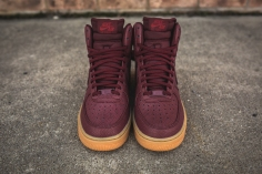 wmns-air-force-1-hi-se-night-maroon-860544-600-4