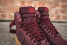 wmns-air-force-1-hi-se-night-maroon-860544-600-8