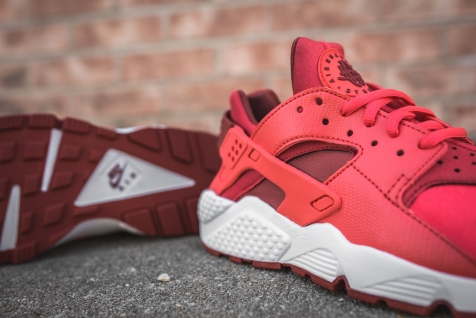 wmns-air-huarache-run-ember-glow-dark-cayenne-634835-801-7