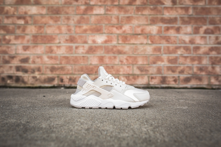 wmns-air-huarache-run-phantom-light-iron-634835-018-2