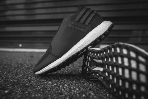 y-3-x-zip-low-core-black-white-ba9032-9