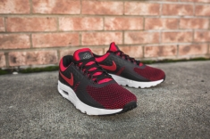 nike-air-max-zero-essential-university-red-876070-600-12
