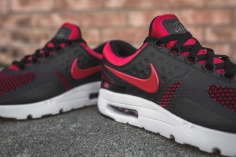 nike-air-max-zero-essential-university-red-876070-600-6