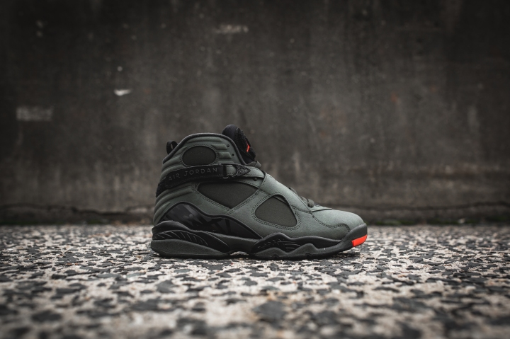 air-jordan-8-retro-take-flight-305381-305-2