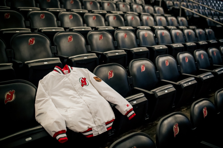 packer-starter-nj-devils-334-club-jacket-4