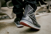 puma-the-weeknd-shoe-39
