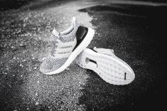 adidas-ultraboost-s80636-10
