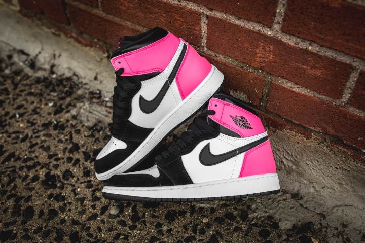 air-jordan-1-high-retro-gg-valentines-881426-009-15