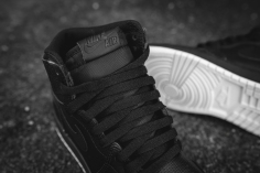 air-jordan-1-retro-high-og-perforated-575441-002-10