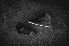 air-jordan-1-retro-high-og-perforated-575441-002-11