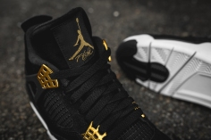 air-jordan-4-retro-royalty-308497-032-10