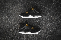 air-jordan-4-retro-royalty-308497-032-12