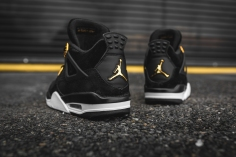 air-jordan-4-retro-royalty-308497-032-6