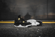 air-jordan-4-retro-royalty-308497-032-9