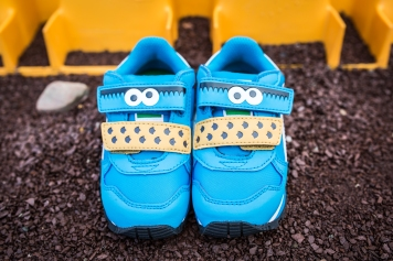 puma-infant-sesame-street-strunner-cookie-monster-36