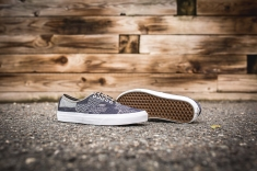 vans-authentic-denim-vn0a38emmoy-9
