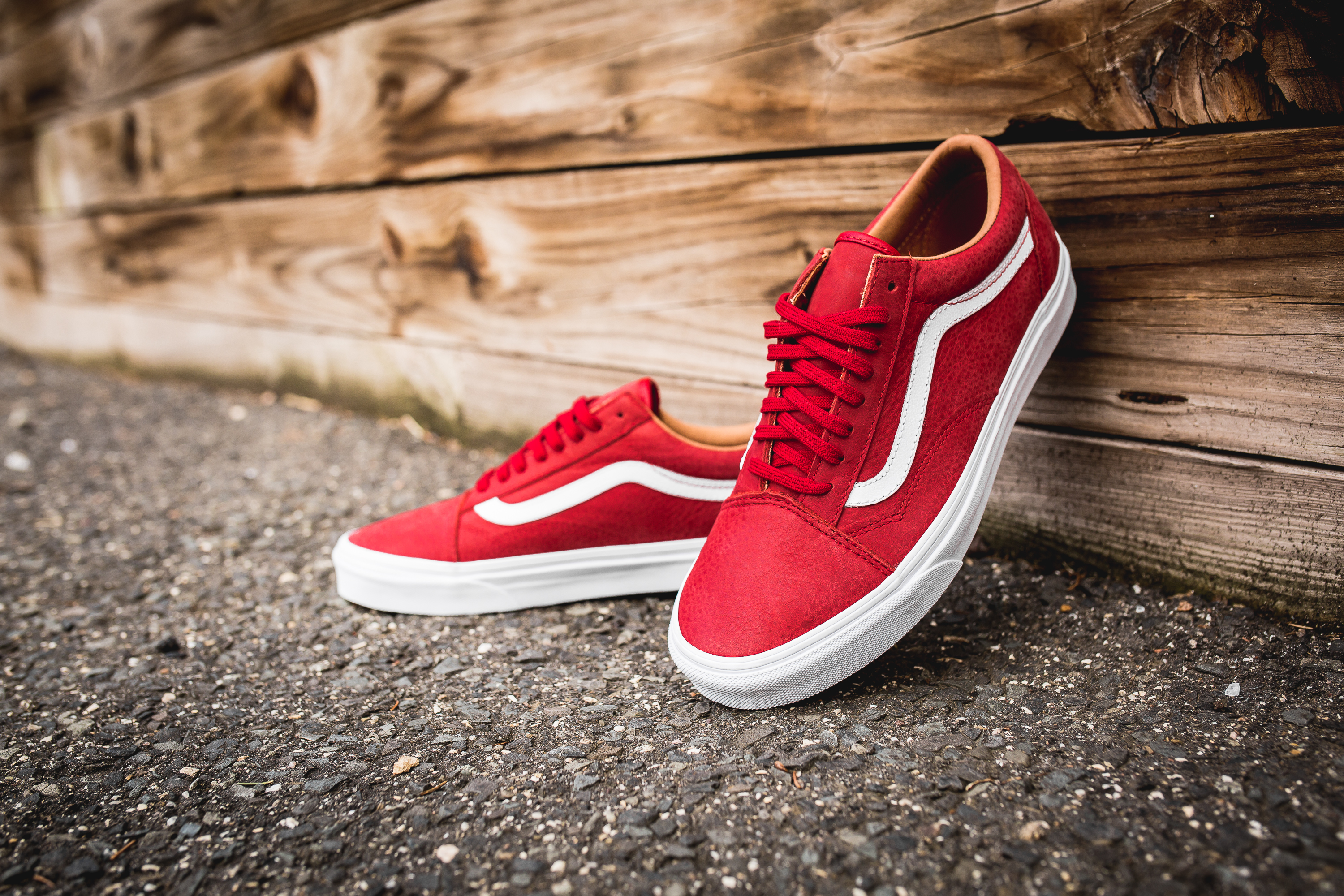 vans premium leather old skool red