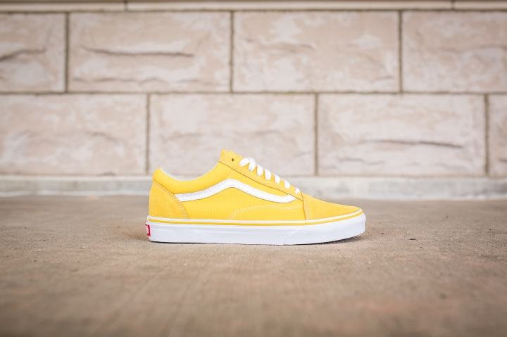 vans-old-skool-suede-canvas-spectra-yellow-vn0a38g1mwh-2