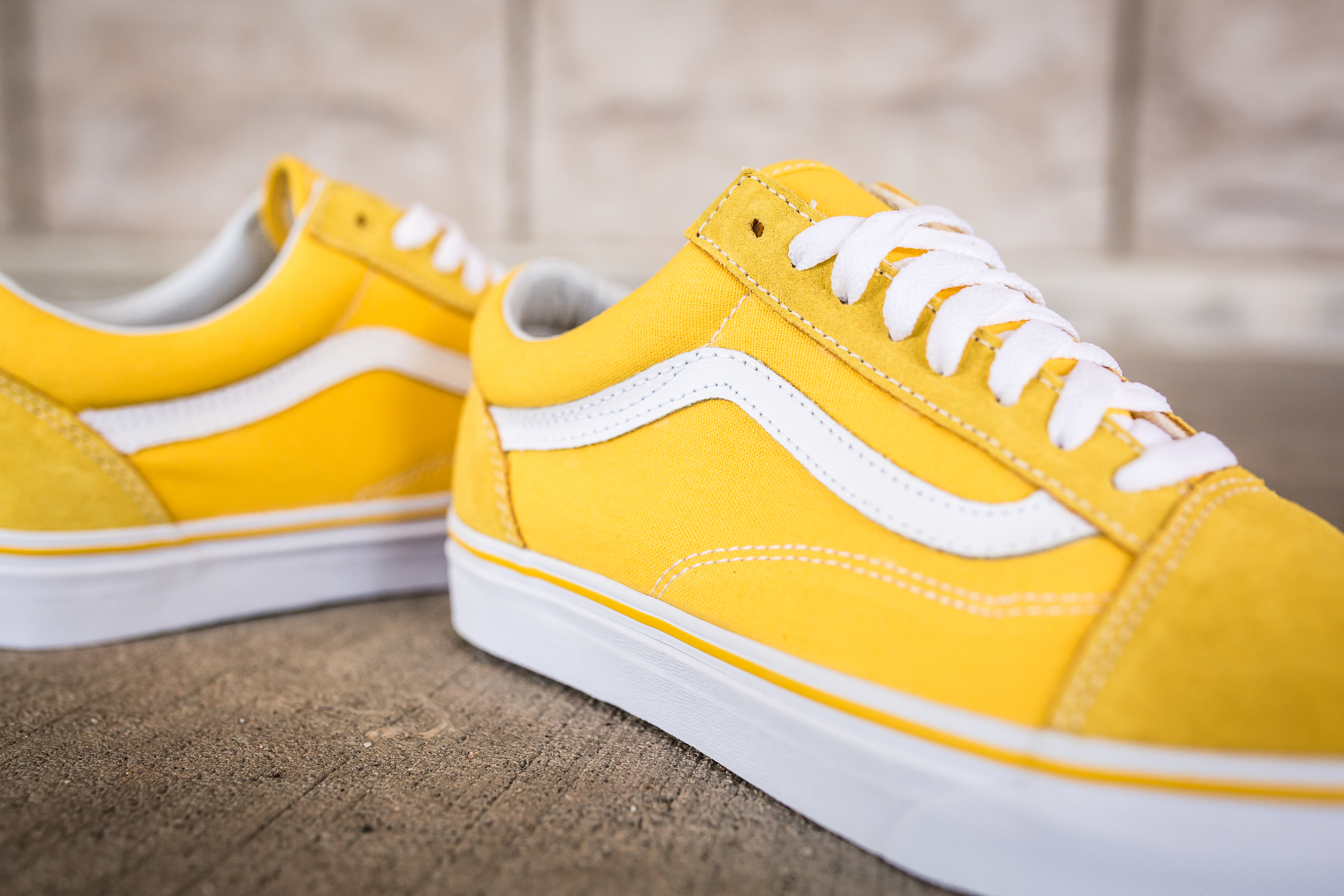 c832feeed34e vans old skool yellow Sale