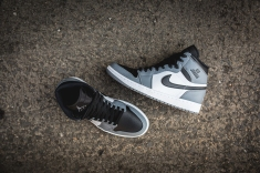 air-jordan-1-retro-high-332550-024-11