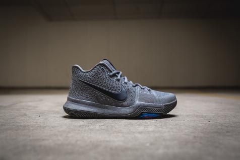 Nike Kyrie 3 852395 001-2