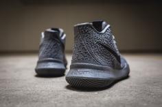 Nike Kyrie 3 852395 001-6